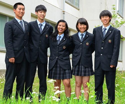 スカート 田奈 高校